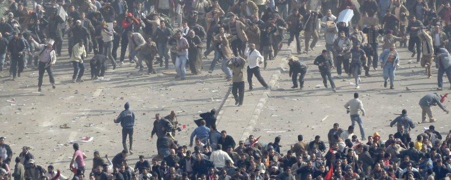 مبارك يحرق مصر...الصور + الفيديو  Slide_16786_233994_large