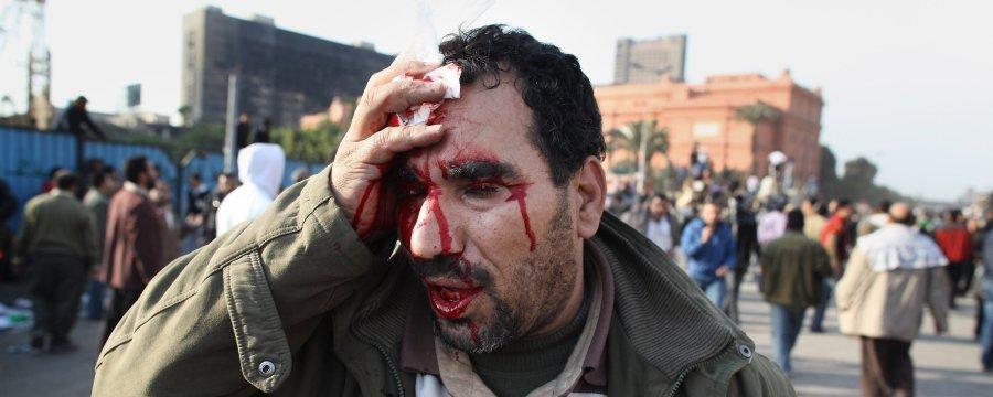 مبارك يحرق مصر...الصور + الفيديو  Slide_16786_234131_large