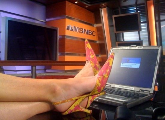 Norah o donnell s shoes the msnbc anchor reveals what she s wearing