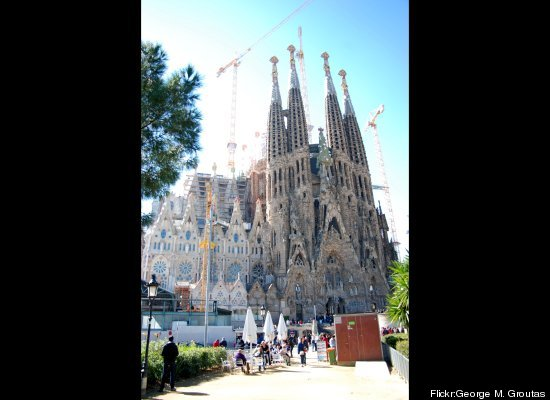 Incomplete buildings and monuments around the world for Monumental buildings around the world