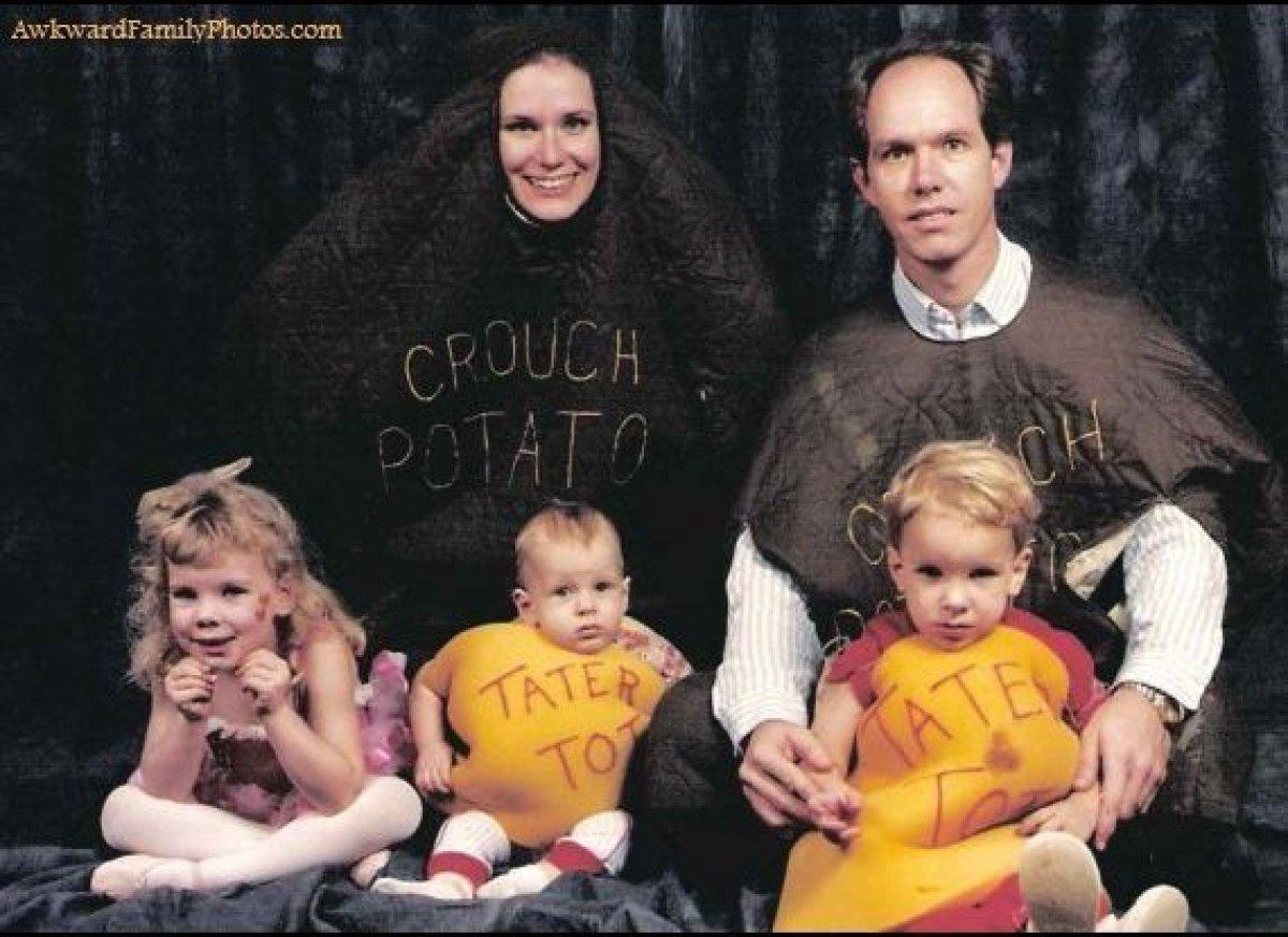 Awkward Family Photos: Easter 2012 Edition   HuffPost