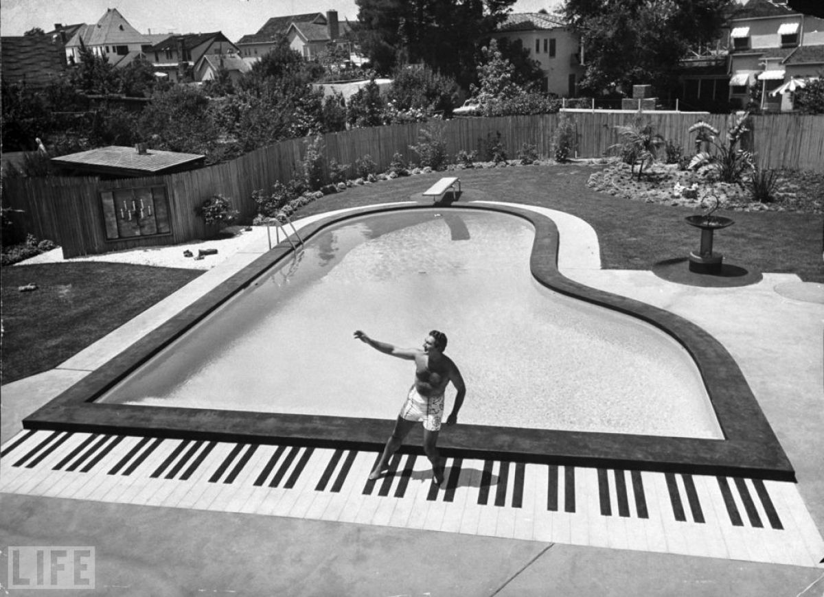 Vintage Hollywood Homes old hollywood stars at home (photos) | huffpost
