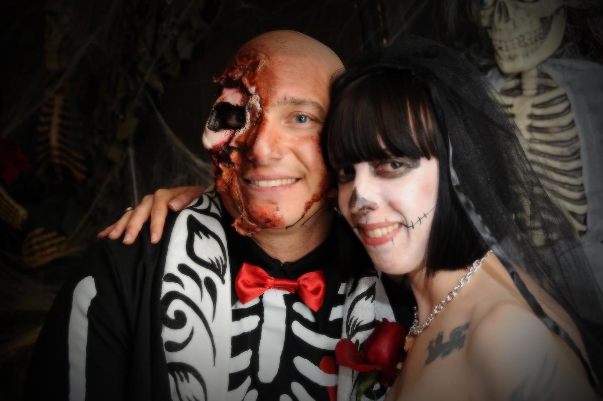 Halloween Weddings: Viva Las Vegas Chapel's Horror-Themed ...