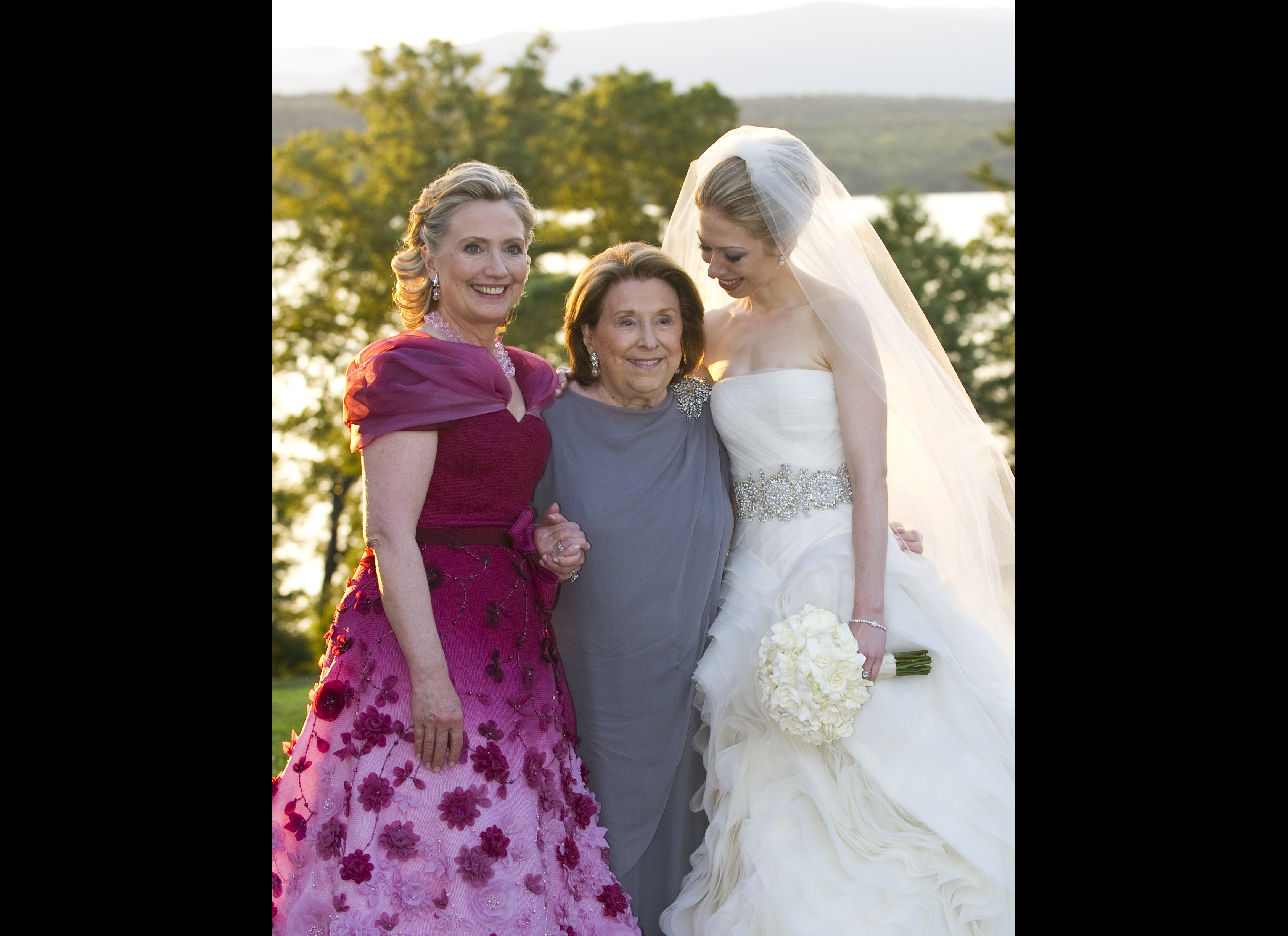 Chelsea Clinton Wedding Hillary Images