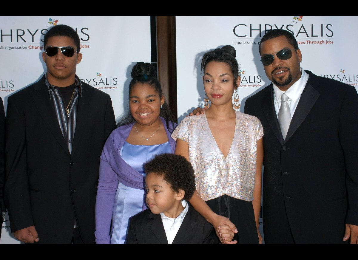 Family photo of the actor, married to Kimberly Woodruff, famous for N.W.A. & Boyz In The Hood.