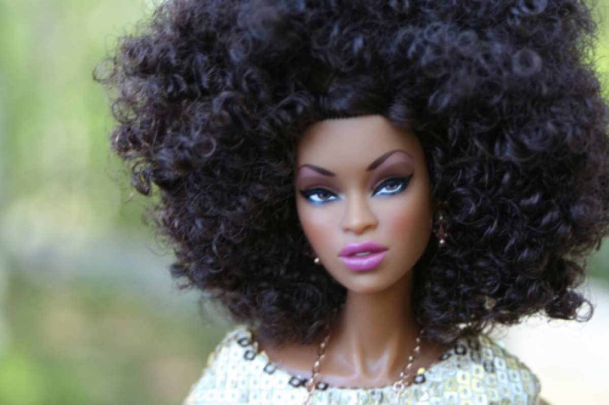 hair in gives black dolls a