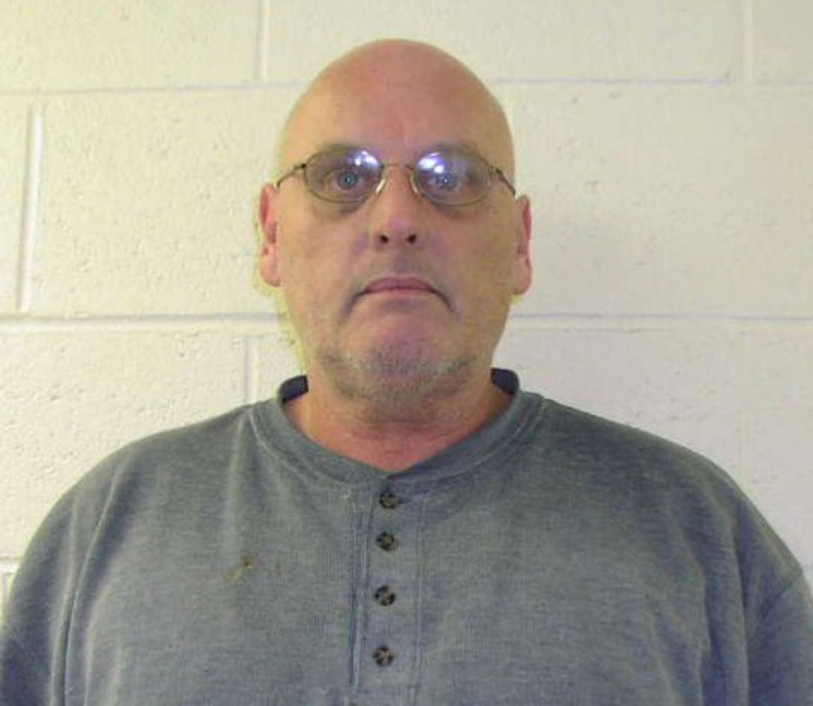 ex con nervous colon robs bank after pooping in parking lot new milford police department