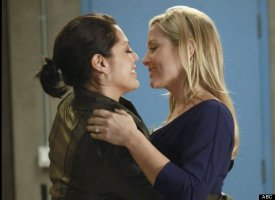 The Best TV Kisses Of 2011