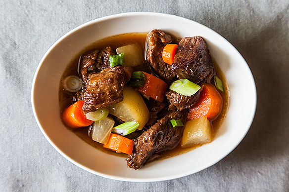 10 Beef Stew Recipes That'll Make You Feel All Warm And Cozy (PHOTOS)