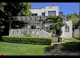 slide 205813 631537 small Penelope Cruz Home In Hollywood Hills Sold For $2.88 Million (PHOTOS)