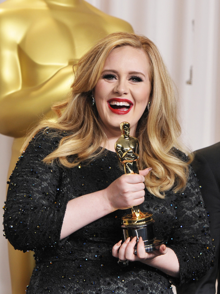 Adele's Father Reveals He Has No Contact With Singer: 'It