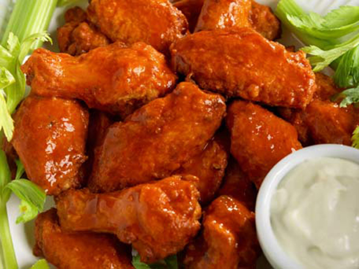 Americans Eat 1,083,333 Football Fields Worth Of Wings On Super Bowl ...