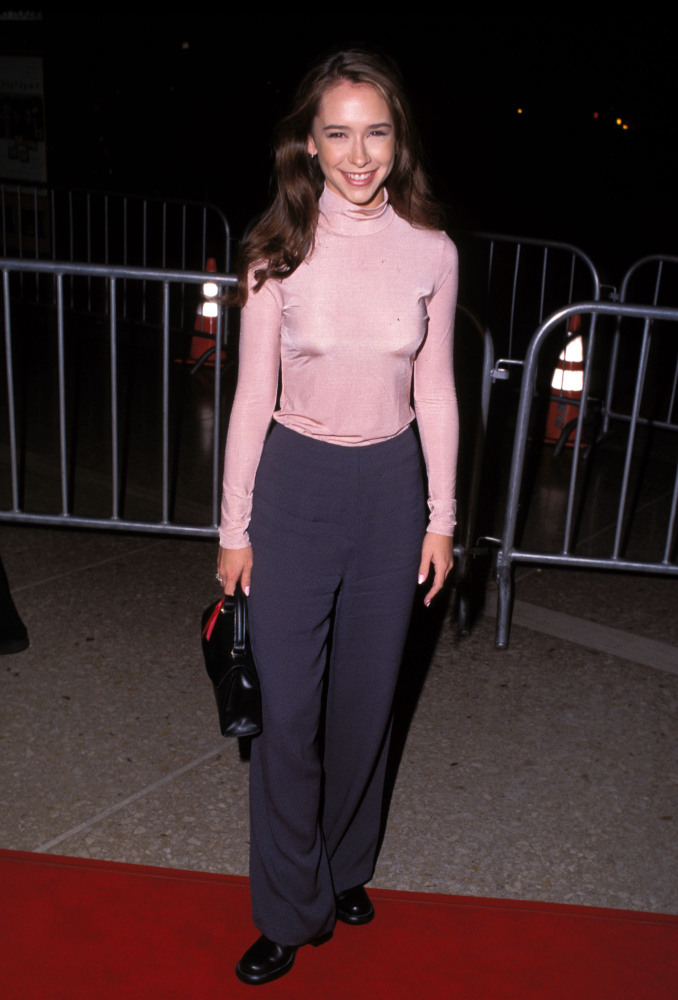 Jennifer Love Hewitt's Style Evolution (PHOTOS)