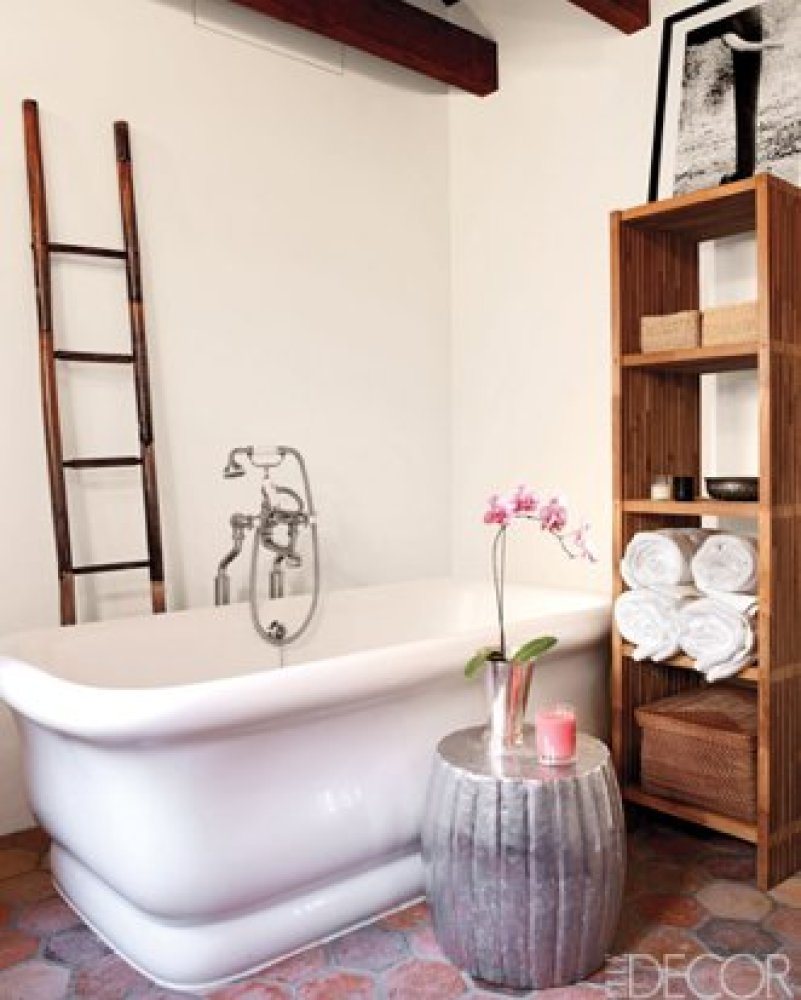 16 Celebrity Bathrooms - Chic Bathroom Decor Inspiration