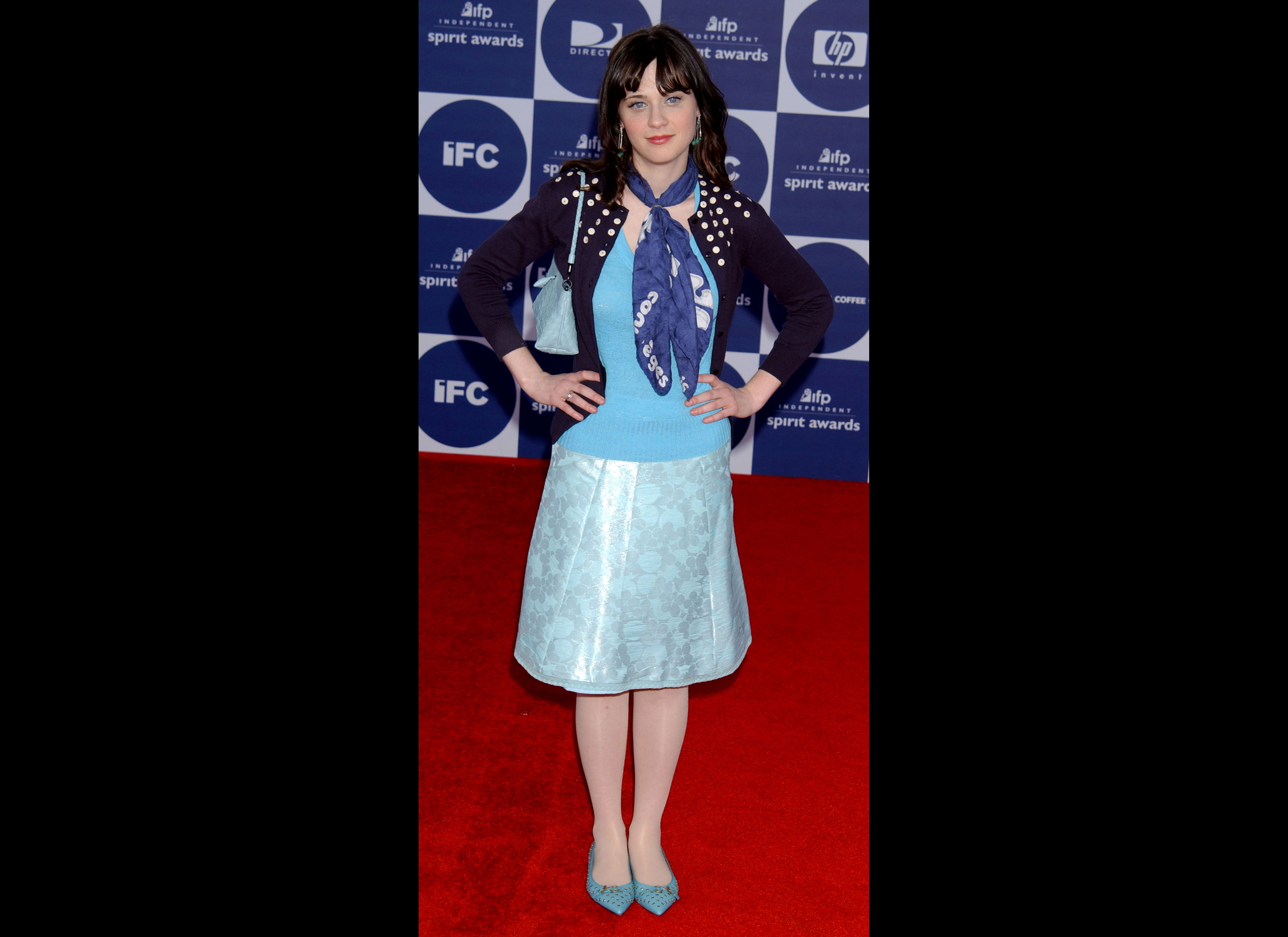 On Set Style Zooey Deschanel Is In Ice Cream Colours Again For