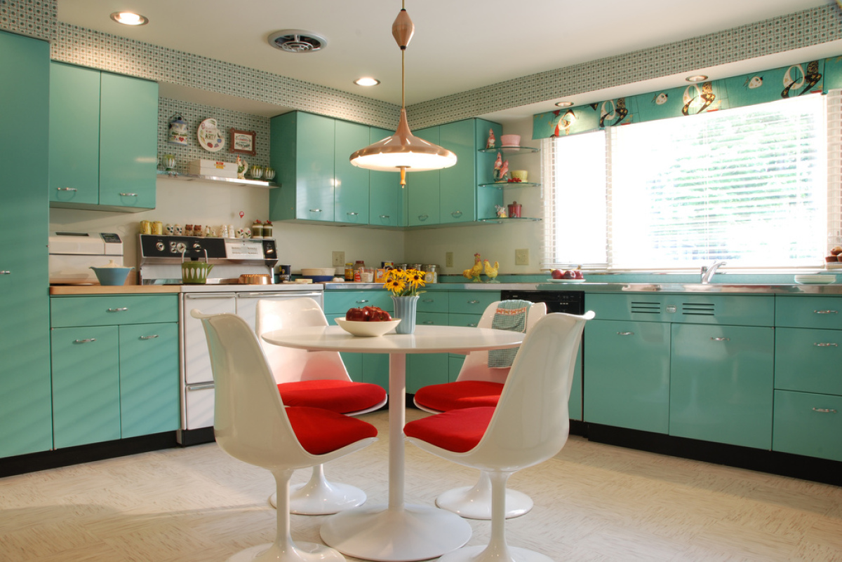 Design ideas 14 kitchens you 39 ll love photos huffpost for 50 s style kitchen designs