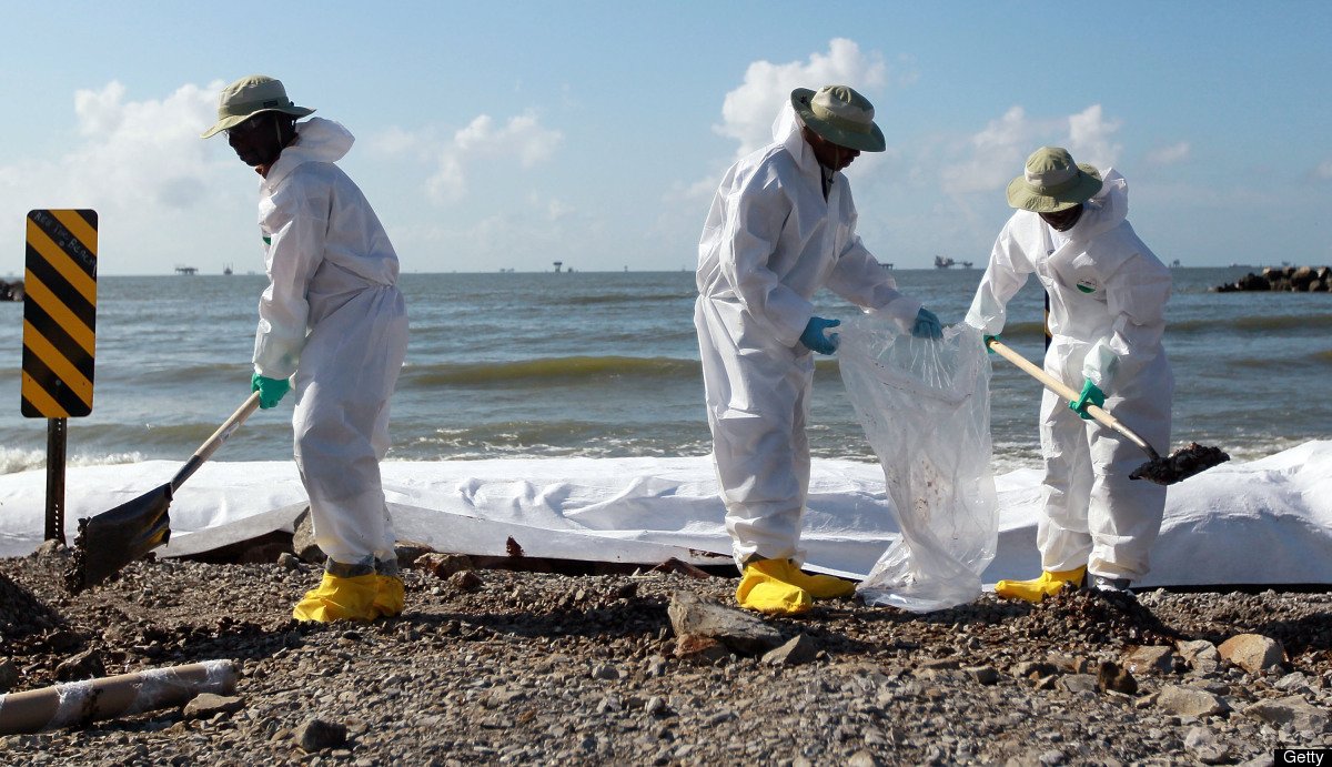 Alabama beaches polluted from Deepwater spill