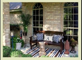 Outdoor Decor: 14 Casual, Comfy Front Porch Ideas