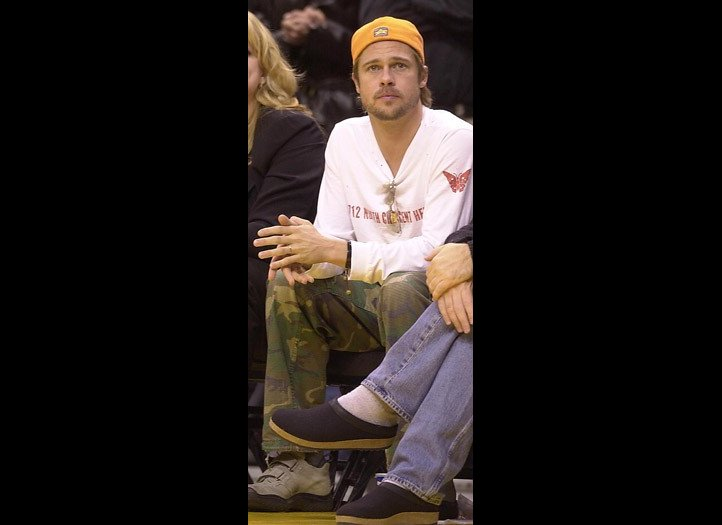 Gallery For > Brad ... Brad Pitt Basketball