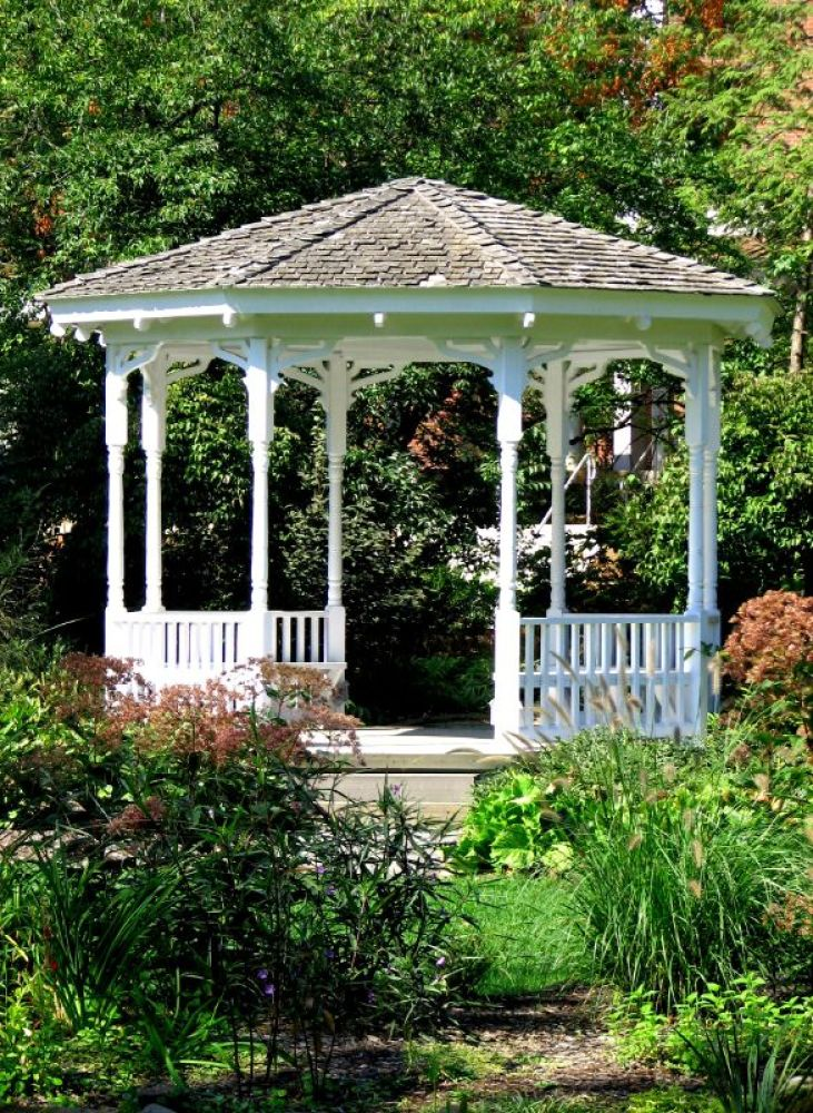 Backyard gazebos ideas 15 photos to inspire your garden - Gazebo ideas for backyard ...