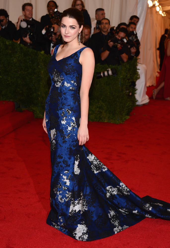 Bee Shaffer in Erdem