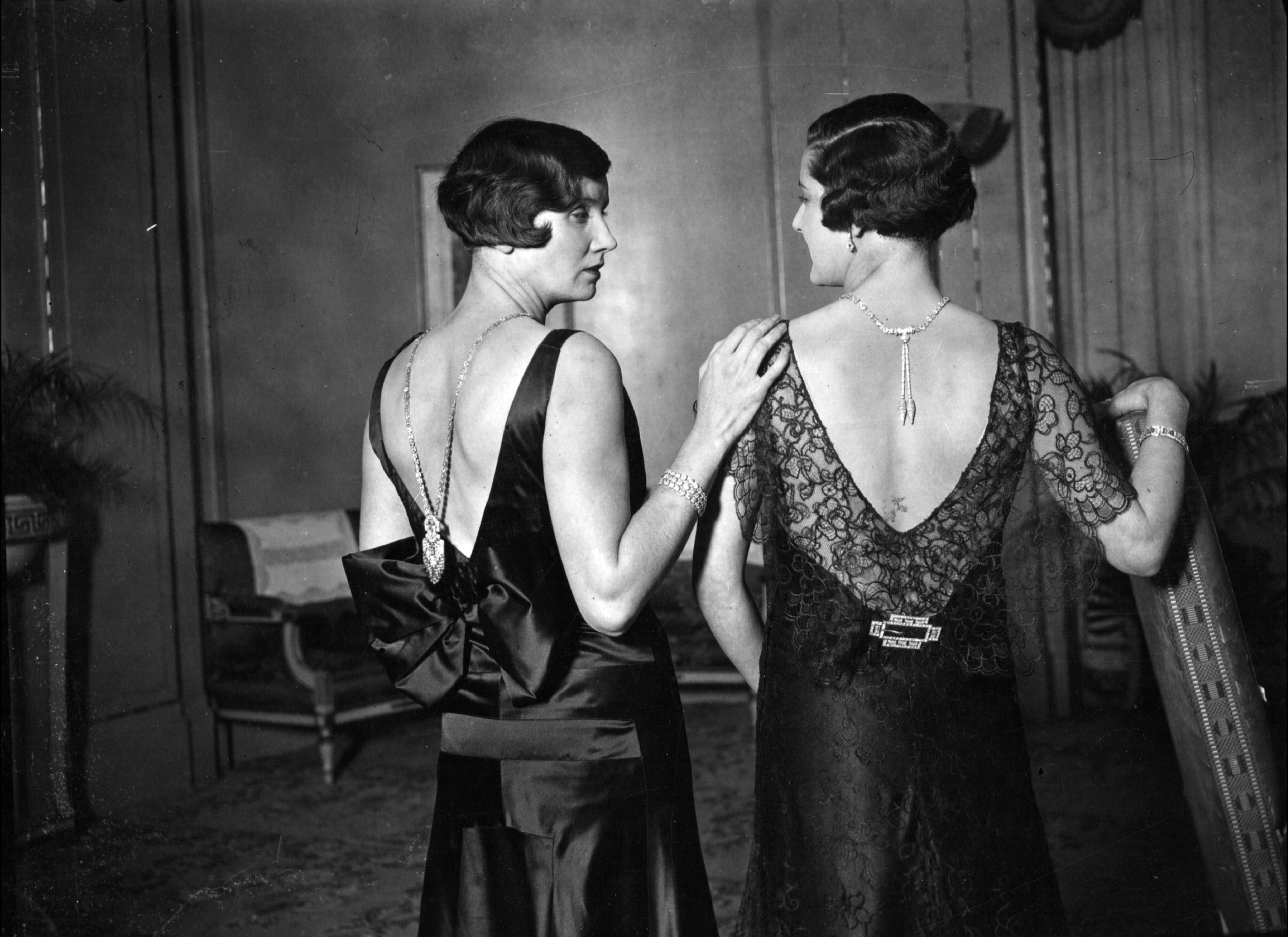 Go Back > Images For > 1920s Fashion Women