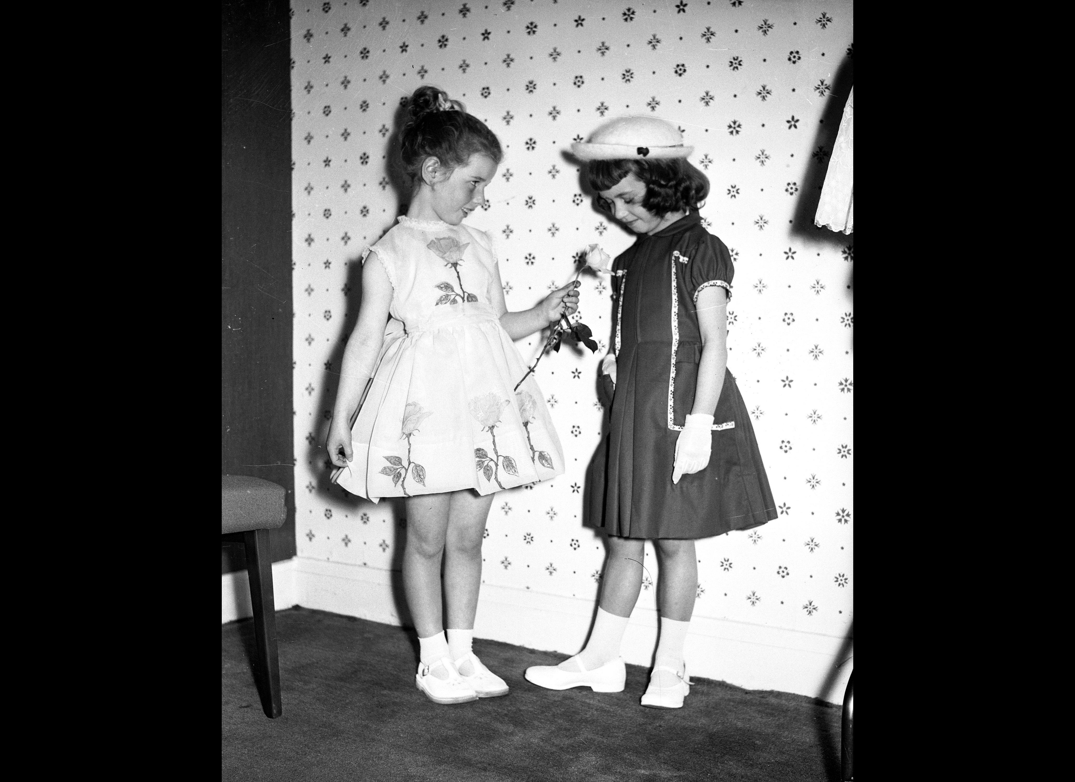 1950s Fashion: Marilyn Monroe, James Dean And Teddy Boys