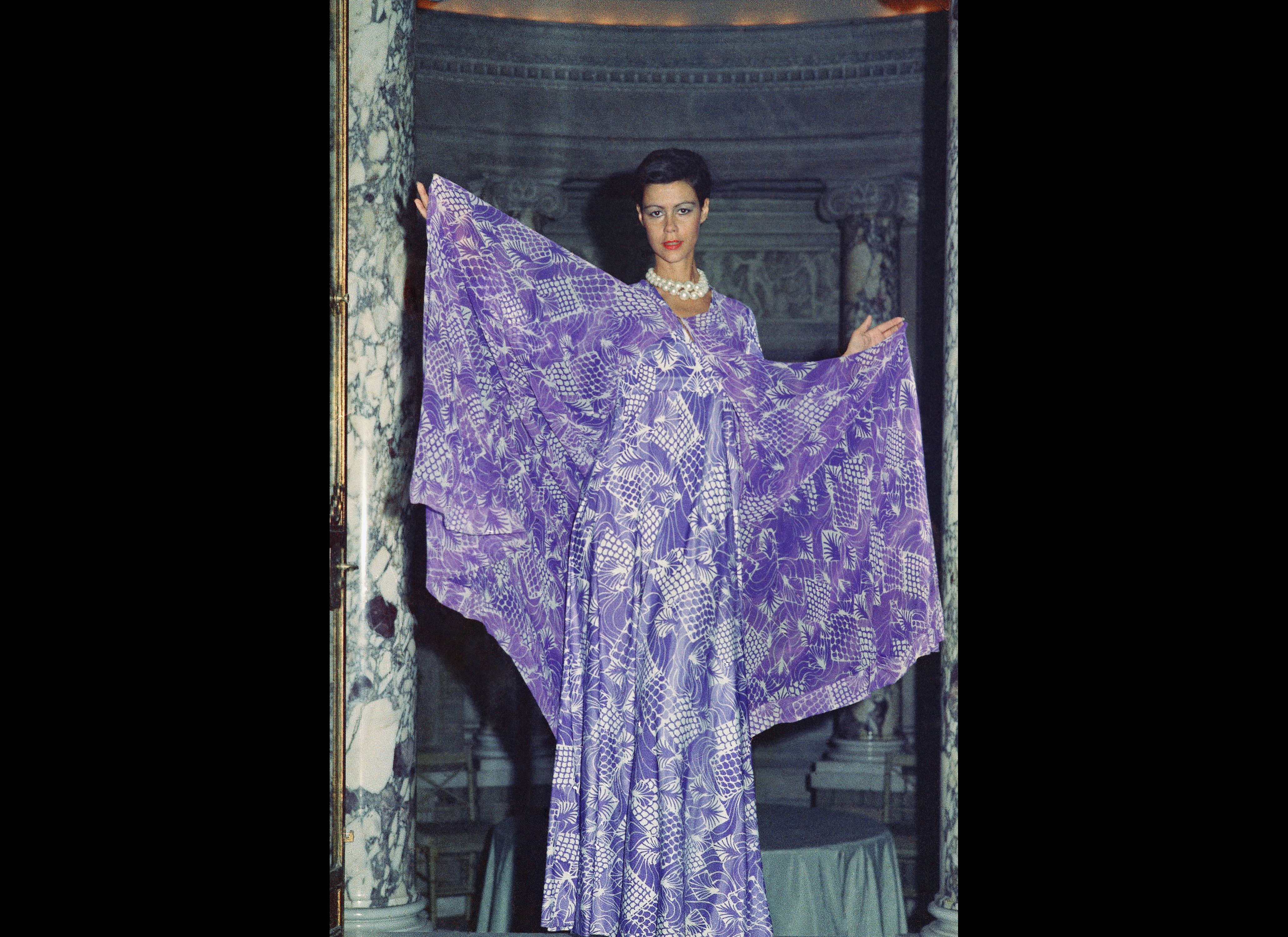 Displaying 18> Images For - 1970s Womens Disco Fashion