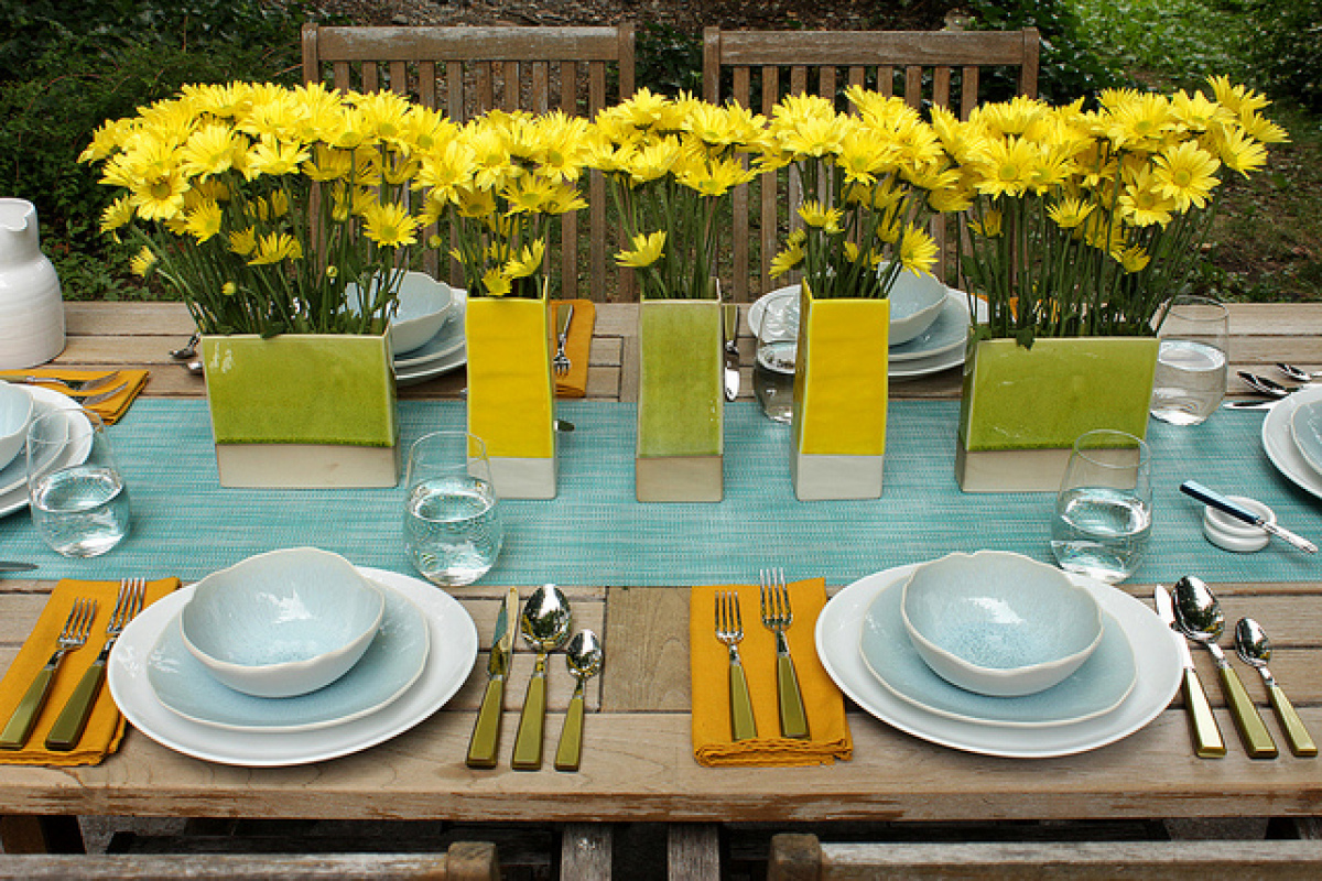 Simple restaurant table setting - Decor Ideas 13 Pretty Table Settings That Will Impress Friends And Mom Photos