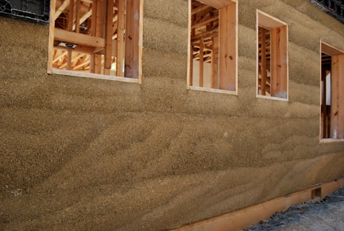 Hempcrete made from hemp used to build houses huffpost for Building a concrete house