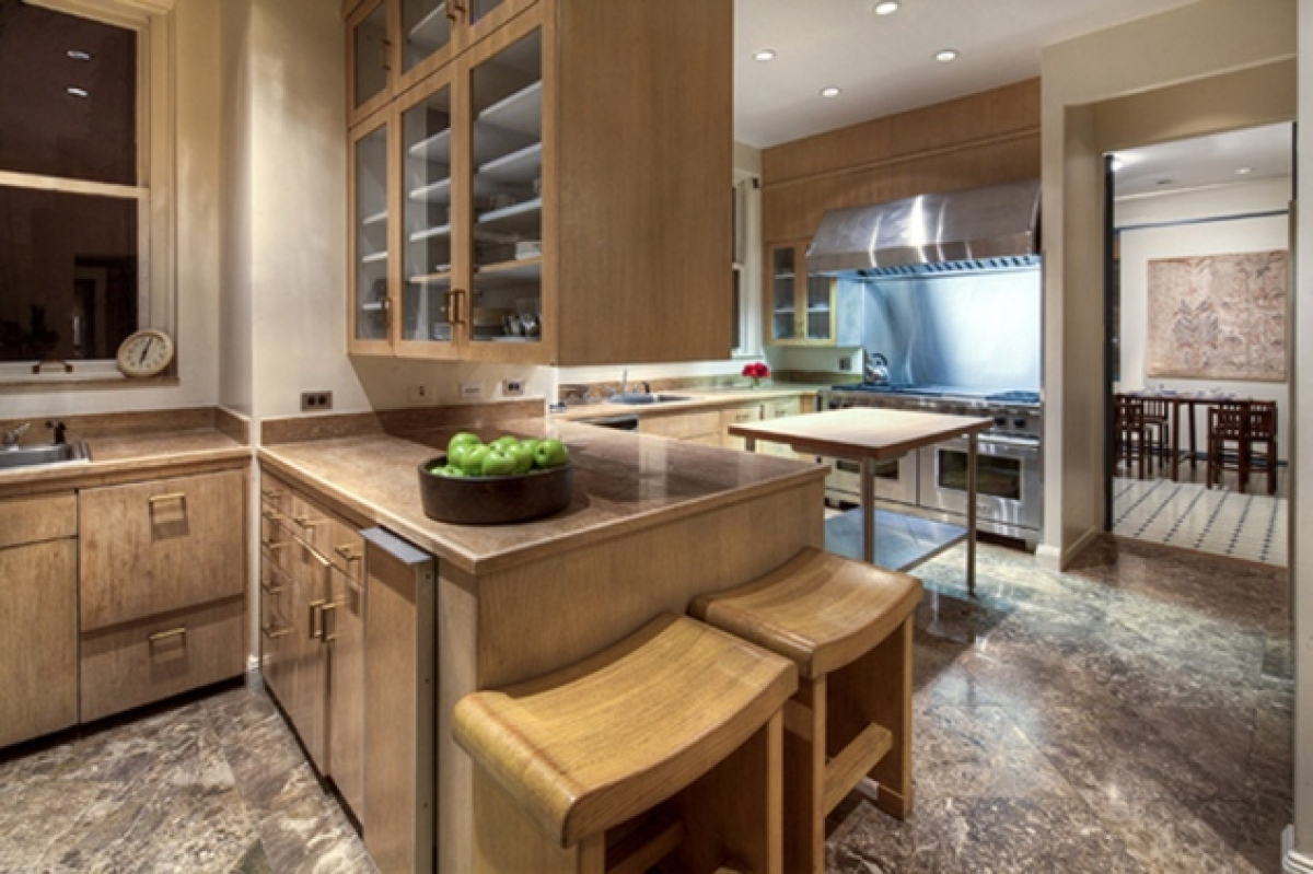Inside Howard Marks' new home at 740 Park Ave