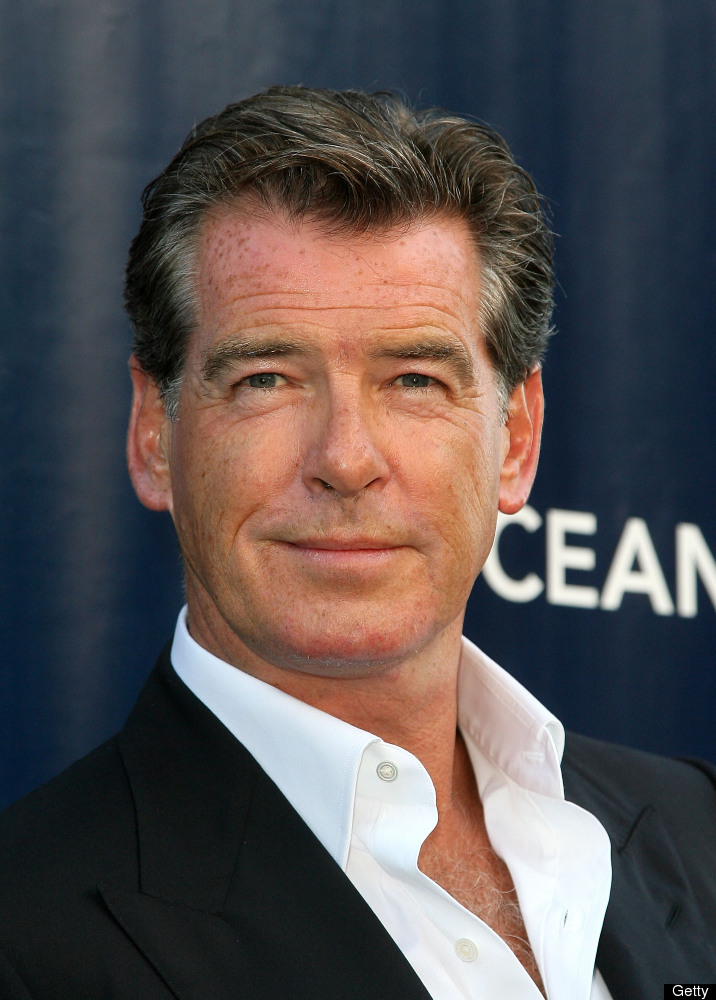 Pierce Brosnan Looks B...