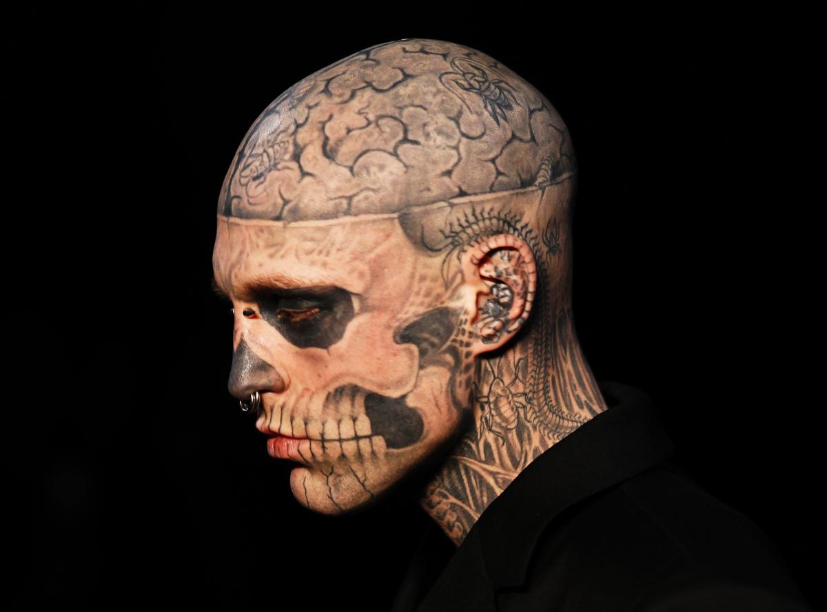 slide 228308 1013016 free jpg 1348169472000Rouslan Toumaniantz Tattoo Artist