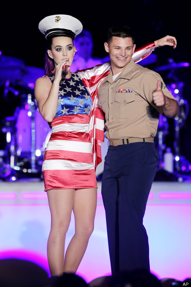 The Continental Nyc >> Fleet Week 2012: Katy Perry, Will Smith Welcome Military Into New York City (PHOTOS) | HuffPost