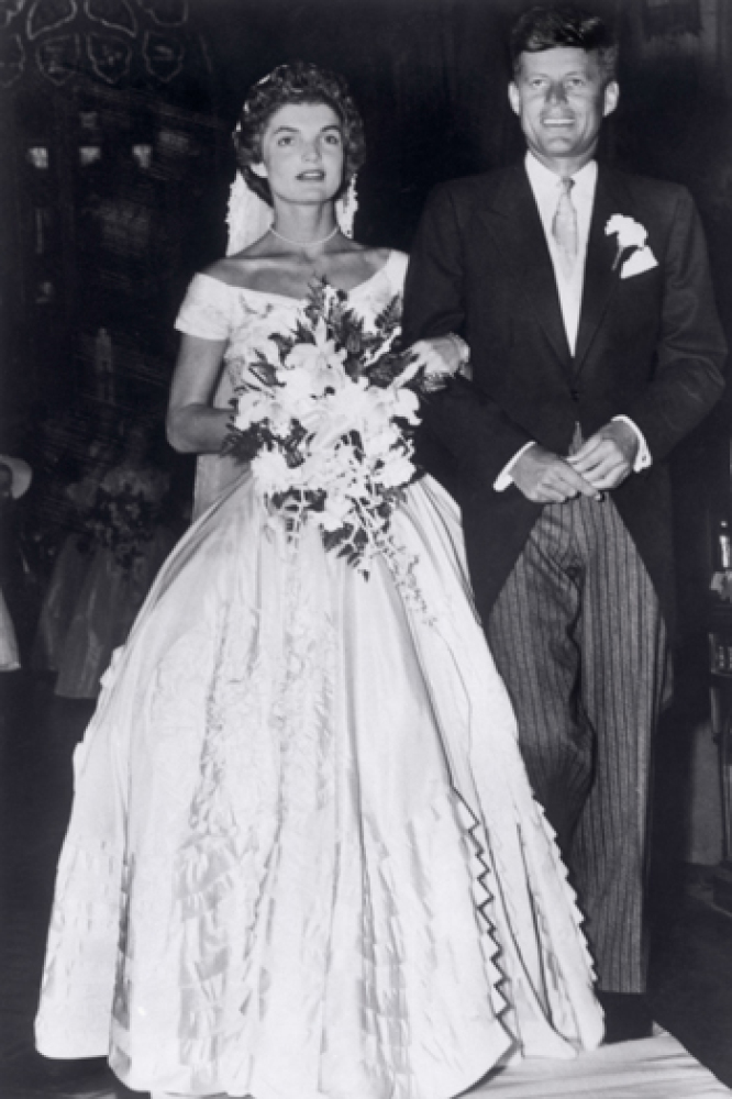 Vintage givenchy wedding dress junglespirit Image collections