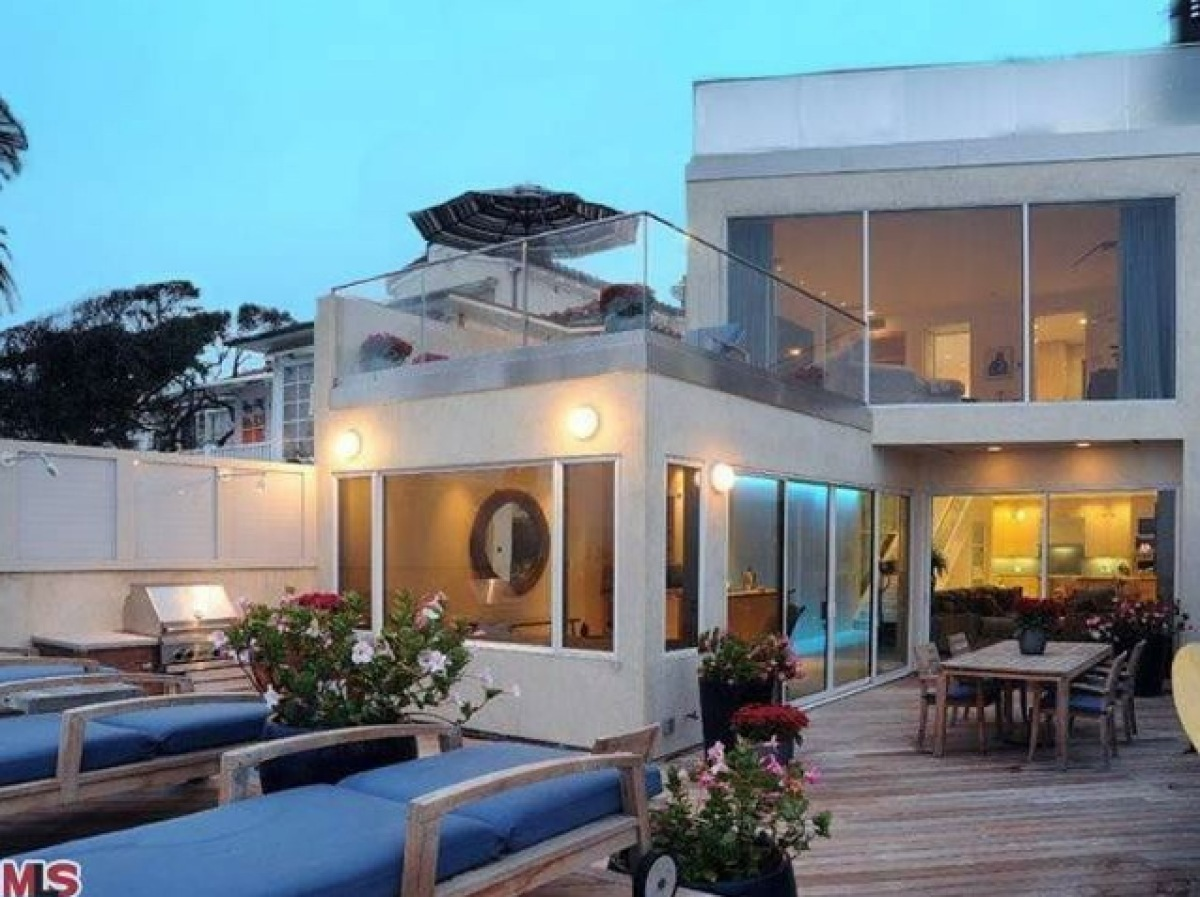 Jim Carry's Malibu House