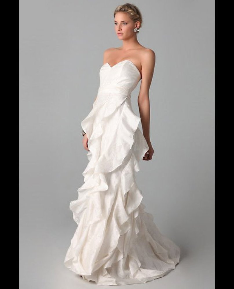 20 gorgeous wedding dresses for less than 1 000 huffpost for Wedding dress for less than 100