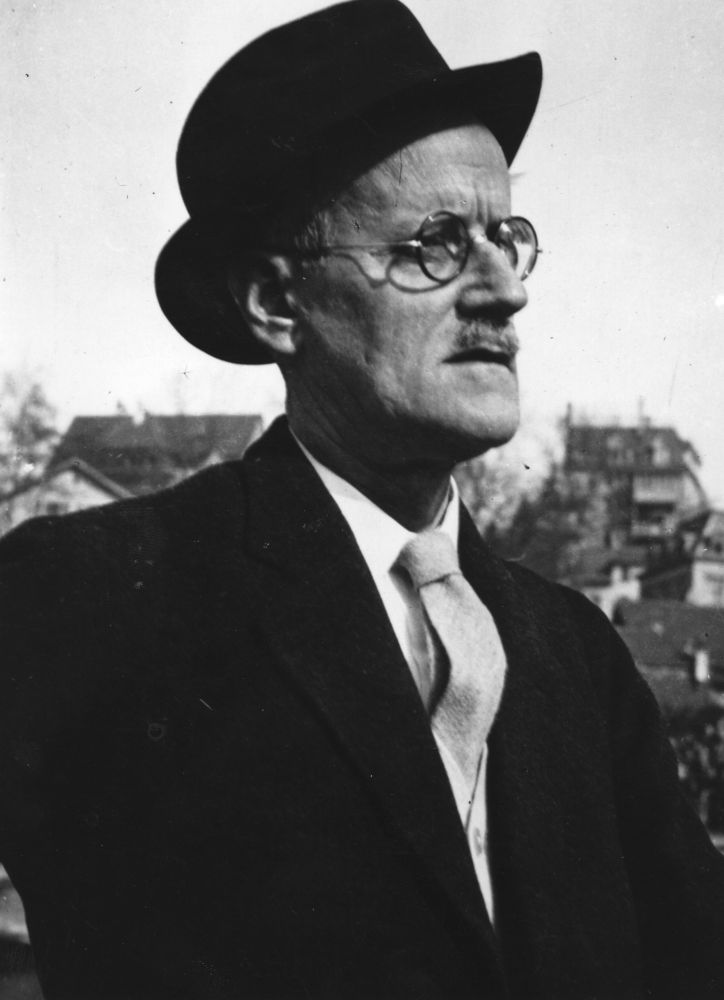 james joyce Drawing on draft manuscripts and other archival material, james joyce and  absolute music, explores joyce's deep engagement with musical structure, and.