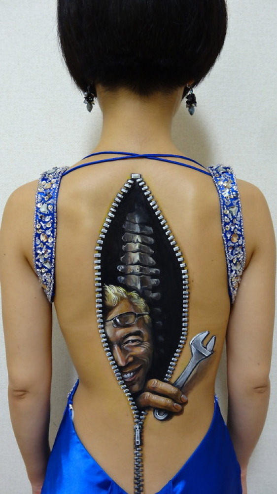 Chooo-San art: Mind-bending Illusionary body modification art
