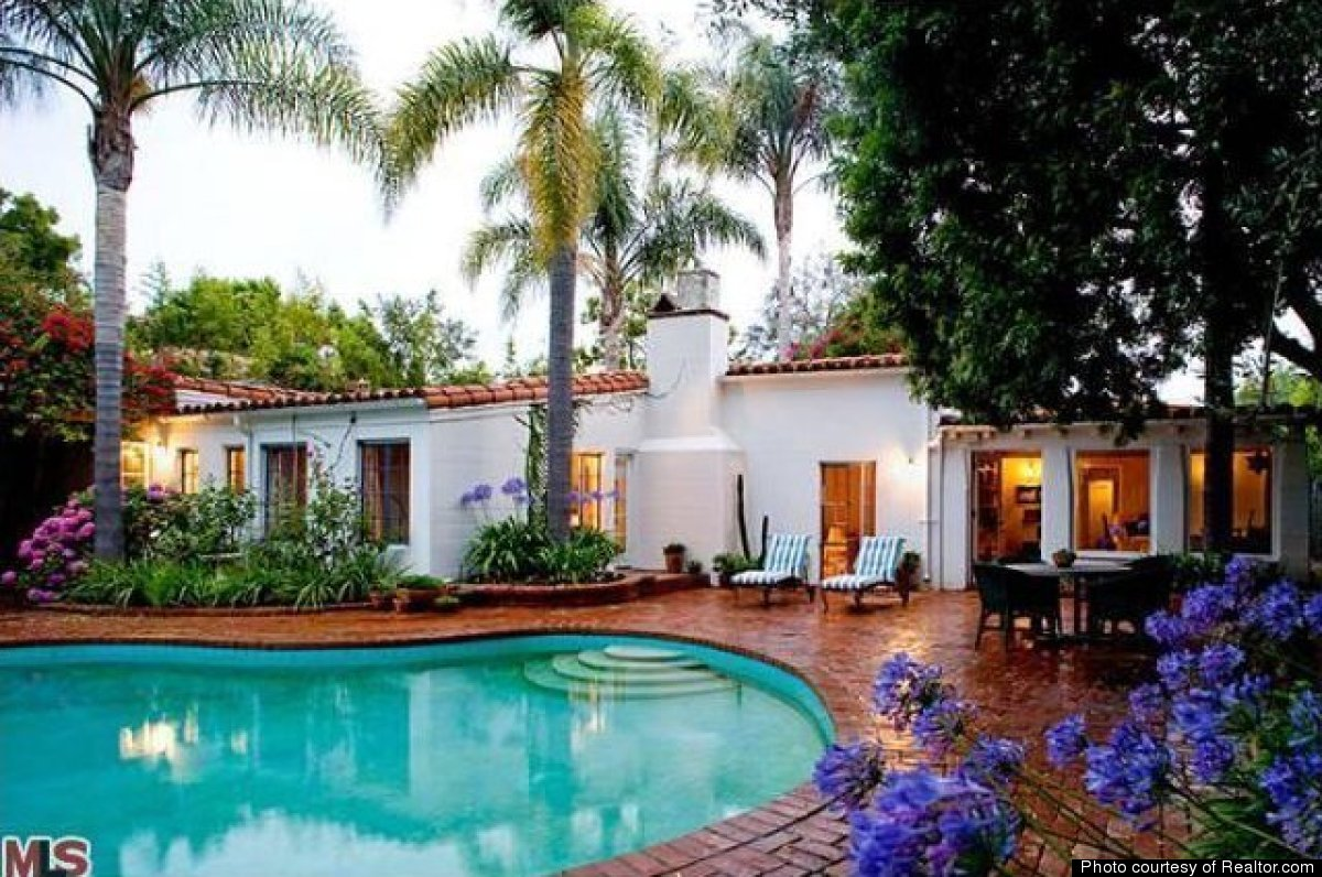 A peek at marilyn monroe 39 s last home a spanish style 12305 fifth helena drive brentwood california
