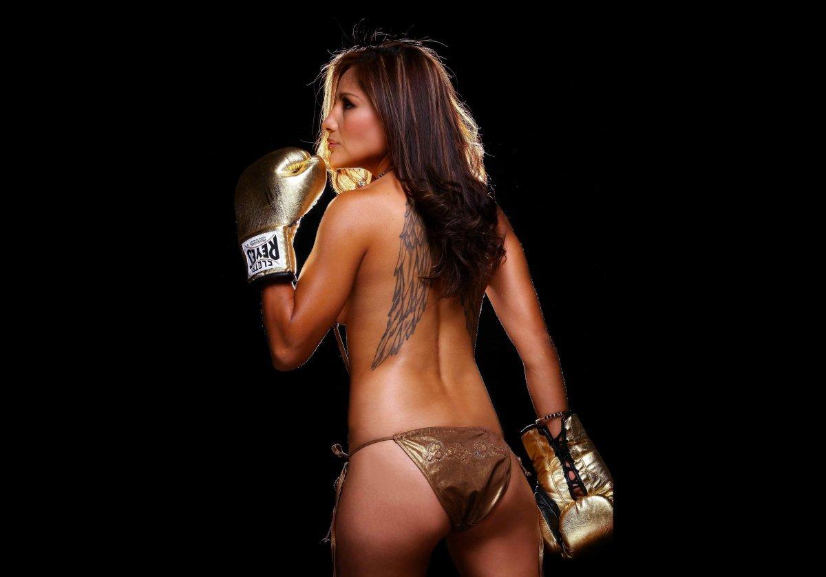 La sexy-boxeadora que será tapa de Playboy