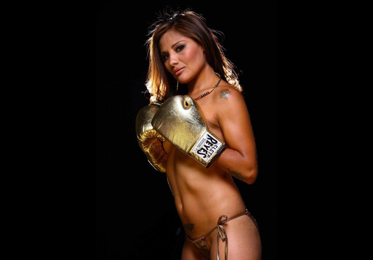 la sexy boxeadora
