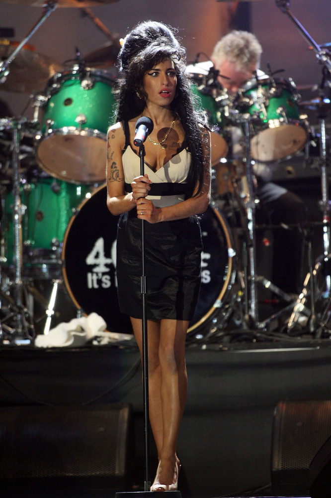 Watch The First Trailer For The Amy Winehouse Documentary ...