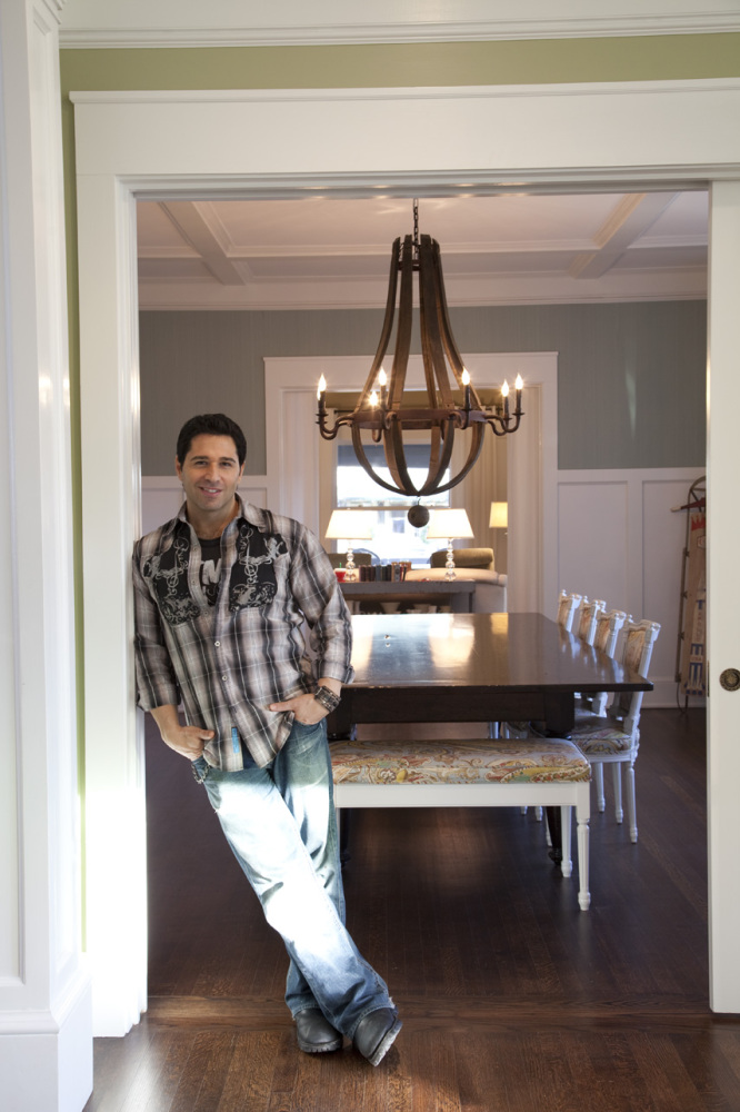 Frank fontana host of hgtv 39 s 39 design on a dime 39 shares for Design on a dime kitchen ideas