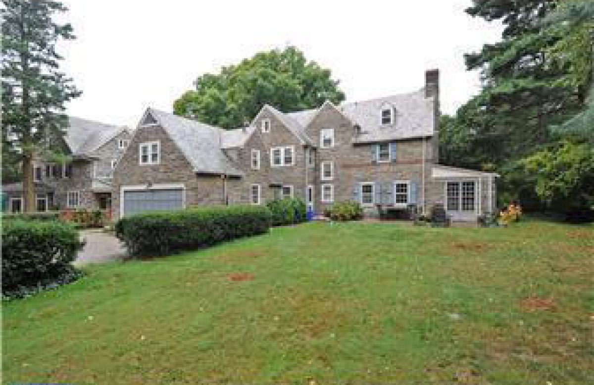 House Tour: Amy And Michael Cohen's Philadelphia Colonial