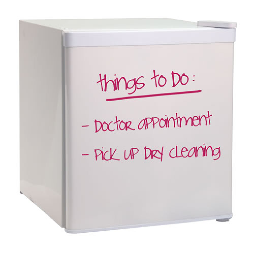 Dorm room essentials checklist 10 things every college for Bedroom necessities