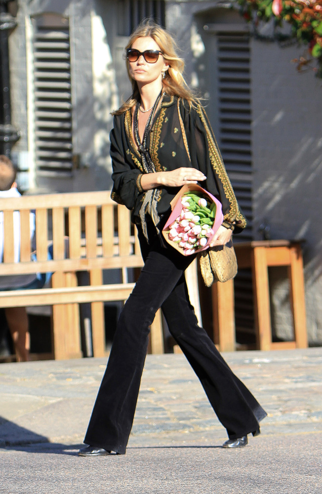 Are Flare Jeans Back For Fall 2012? Kate Moss, Rachel Zoe And More ...
