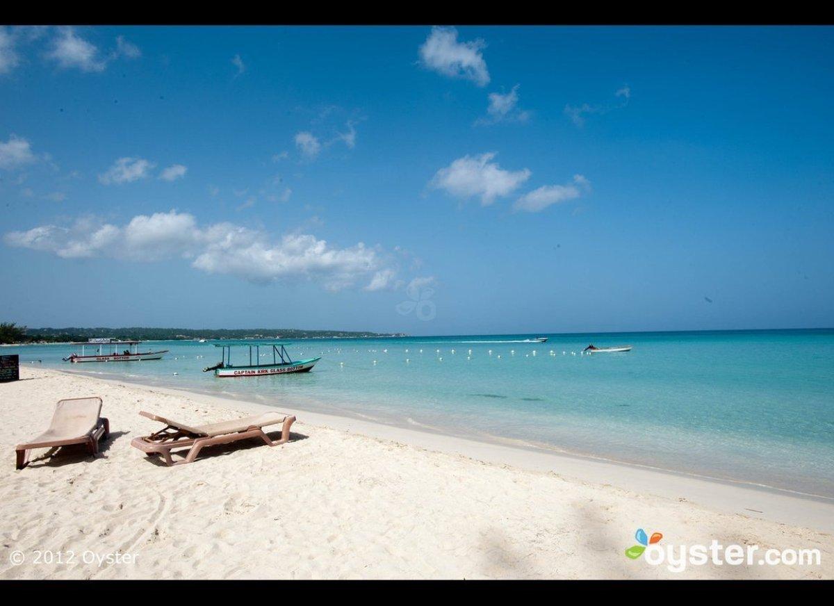 Cancun Nakedness 110