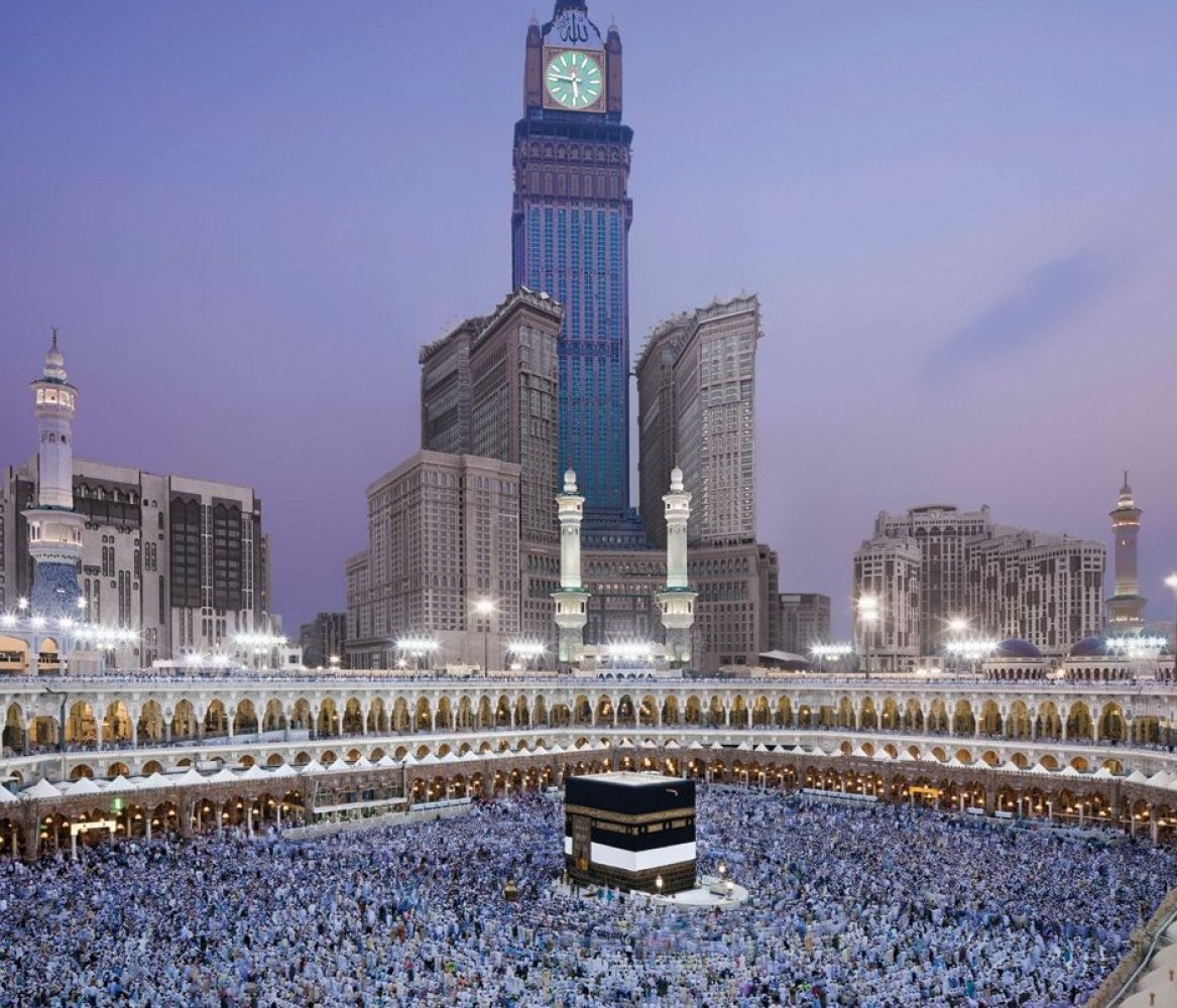 The Second Most Famous Clock In The World: Visiting The World's Biggest Buildings (PHOTOS)