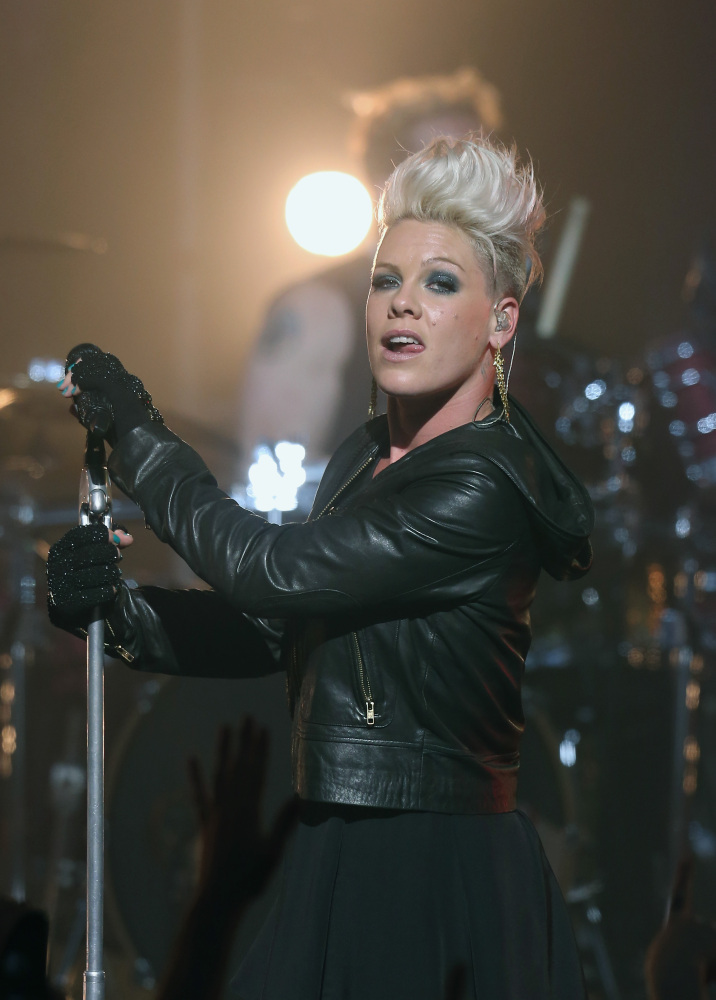 Dressing Like A Rock Star Includes More Than Leather (PHOTOS) | HuffPost
